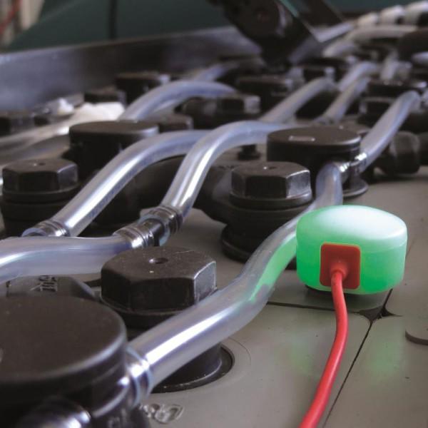 Sonde de niveau d'électrolyte lumineuse - couleur verte = niveau électrolyte ok